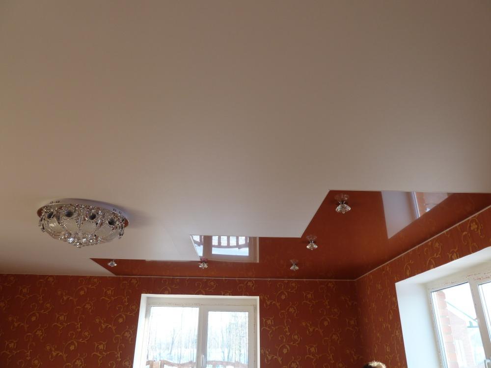 матовый-натяжной-потолок-18